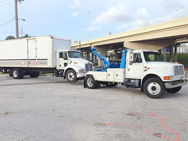 Box truck towing medium duty